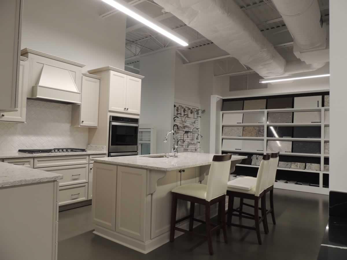 https://jmusselmanconstruction.com/wp-content/uploads/2020/10/showroom-3-DSCN1506.jpg