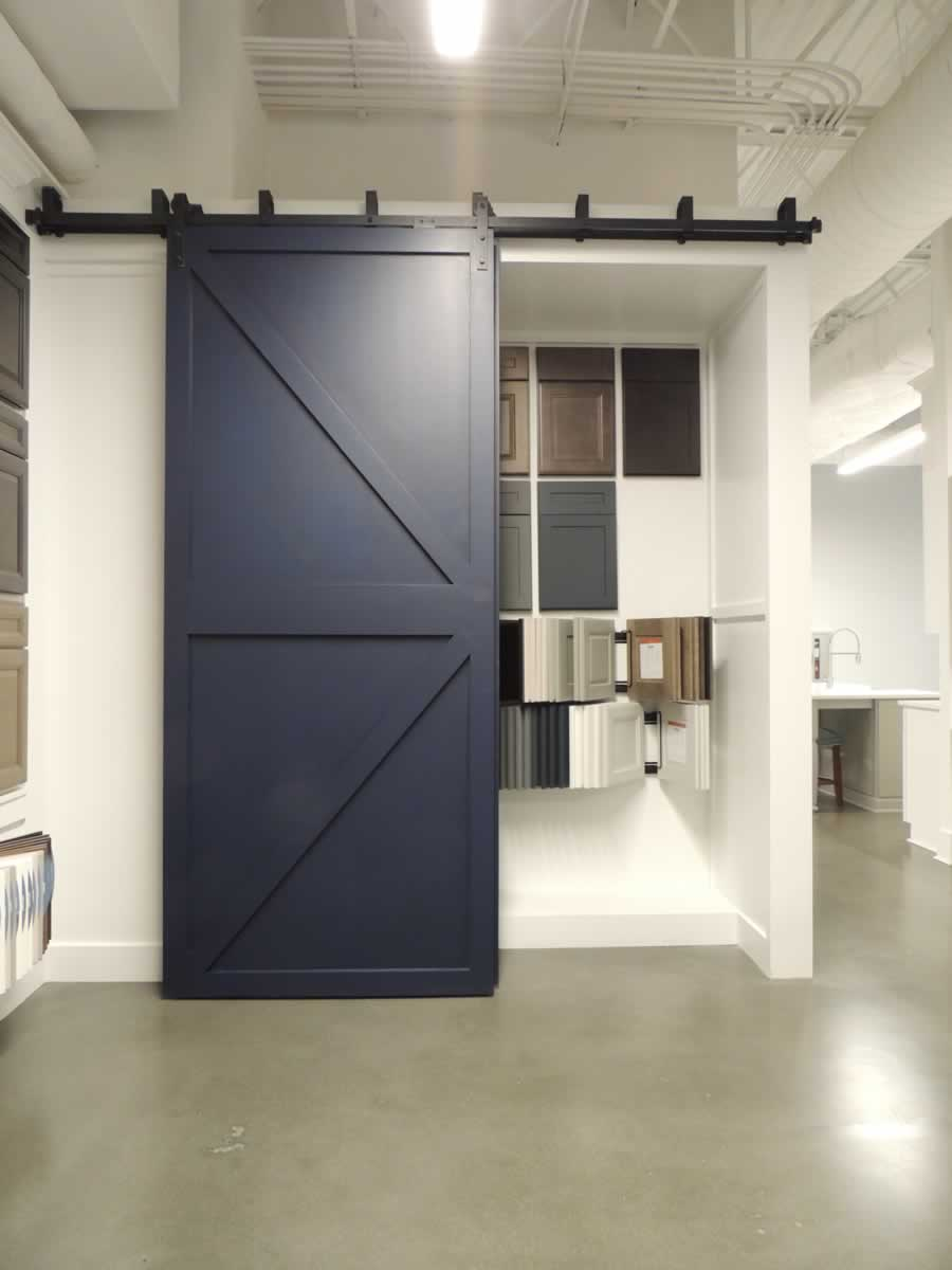 https://jmusselmanconstruction.com/wp-content/uploads/2020/10/showroom-4-DSCN1511.jpg