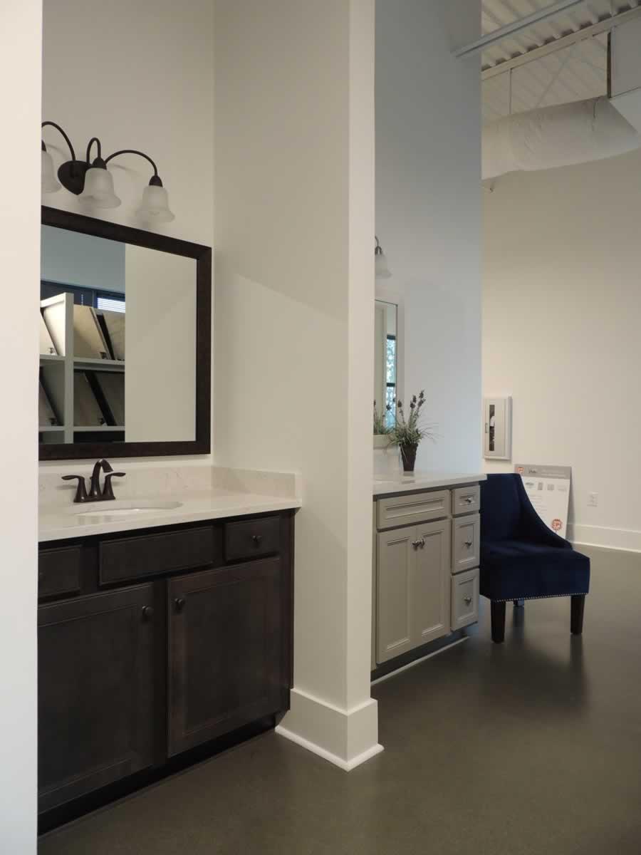 https://jmusselmanconstruction.com/wp-content/uploads/2020/10/showroom-8-DSCN1519.jpg